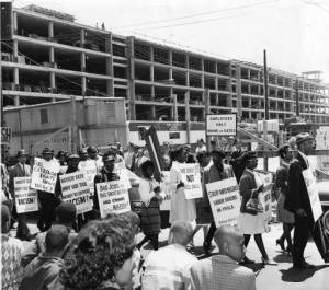 strawberry-mansion-construction-protest